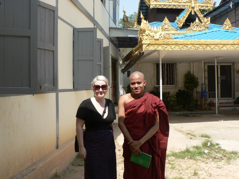 Flashpacker Family - Bethaney with her friend the Buddhist Monk in Burma