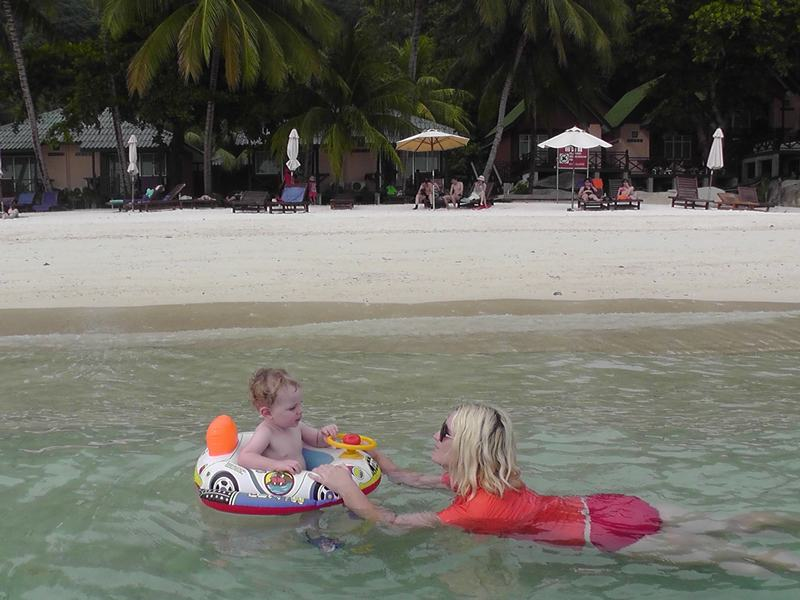 Flashpacker Family - Swimming in the Perhentian Islands, Malaysia