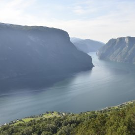 From Flam to Hellesylt: the Briksdal glacier