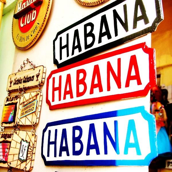 Carlota viajó a Cuba