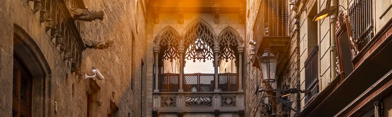 Vuelta a la catedral de Barcelona