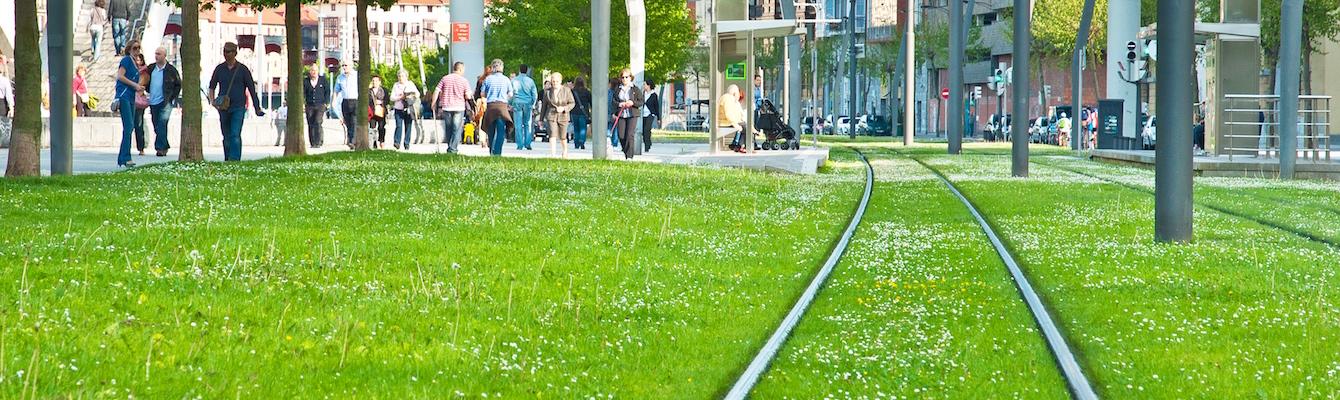 Paseo en tranvía hasta el Museo Guggenheim