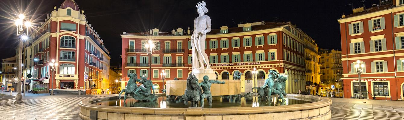 La Plaza Massena Niza