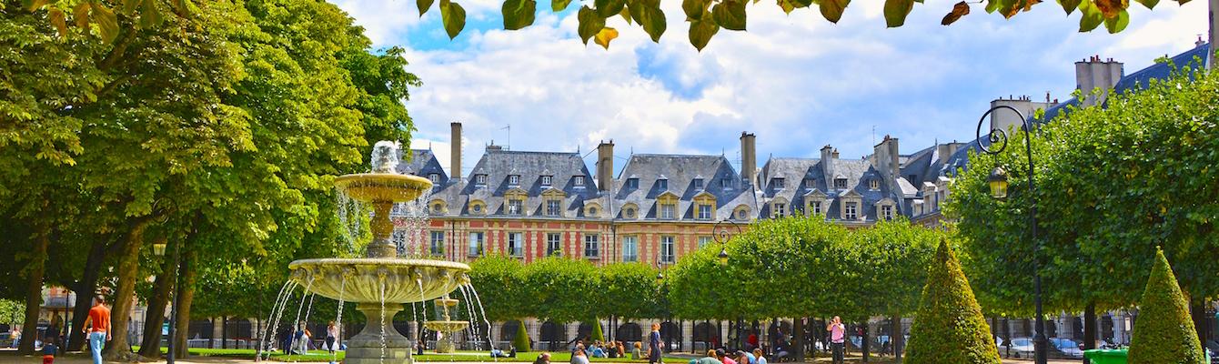La Place des Vosges Paris