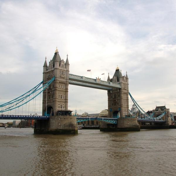 Sandra Yurani de España viajó a Londres