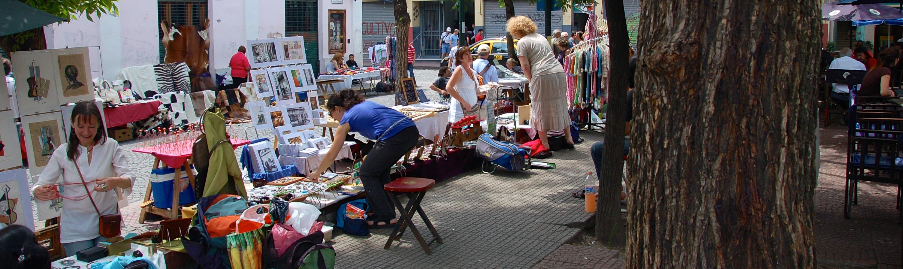 Plaza Dorrego, buenos Aires